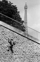 PC005 - Paris climber